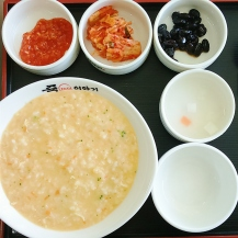 Chicken and cheese porridge for breakfast