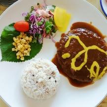 Lunch at a little restaurant near Gimnyeong Maze Park