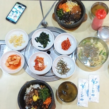 Bibimbap at a restaurant opposite of PLAY K-POP