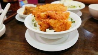 Delicious Kitchen's pork rib rice