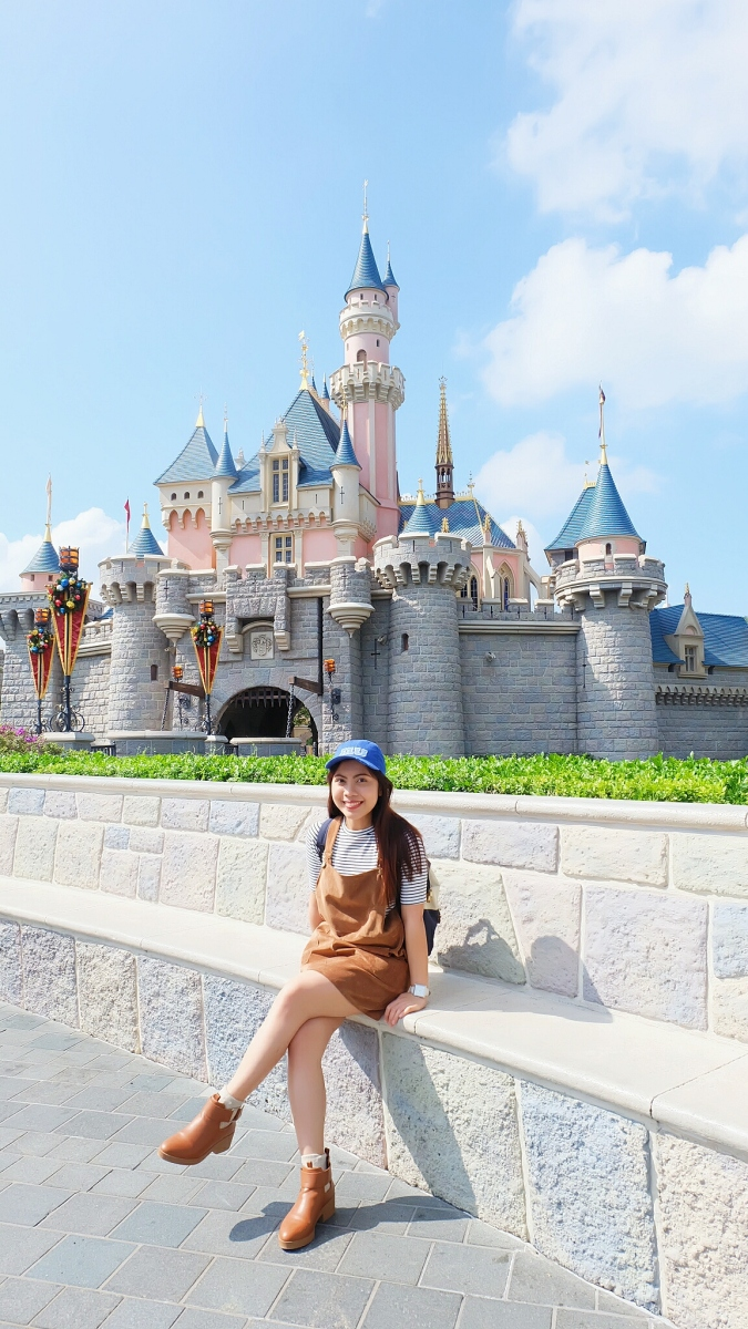 Hong Kong Disneyland's Sleeping Beauty castle